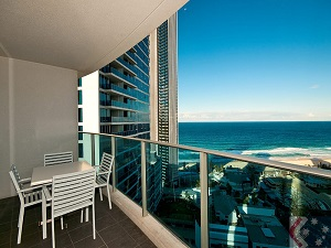 Delightful Gold Coast Private Apartments Ocean Views